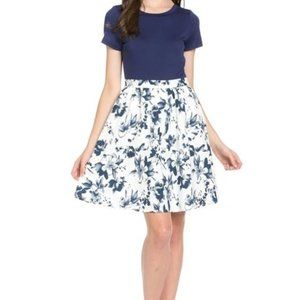 NWT Doe & Rae   navy floral dress